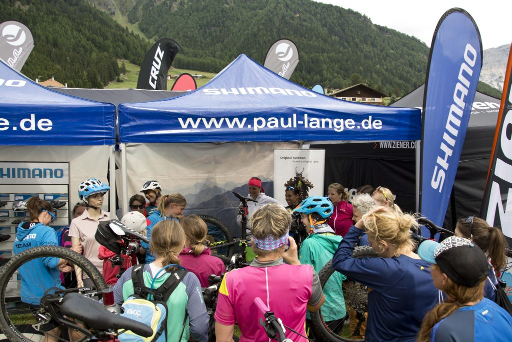SHIMANO Stand Womens Camp