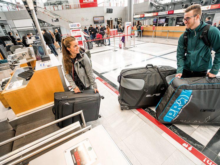 Велосипедный транспорт в самолете |  Доставка багажа в аэропорту
