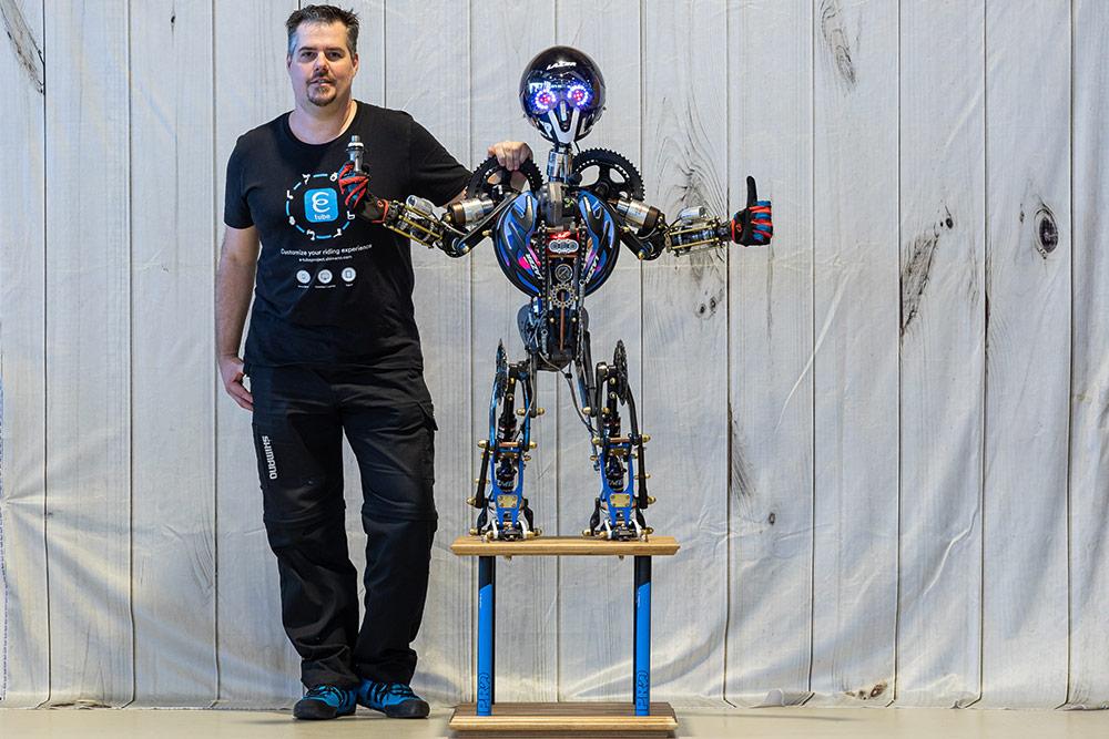 Transformer Roboter Steampunk Oliver Dürr Paul Lange - Fahrradkunst!