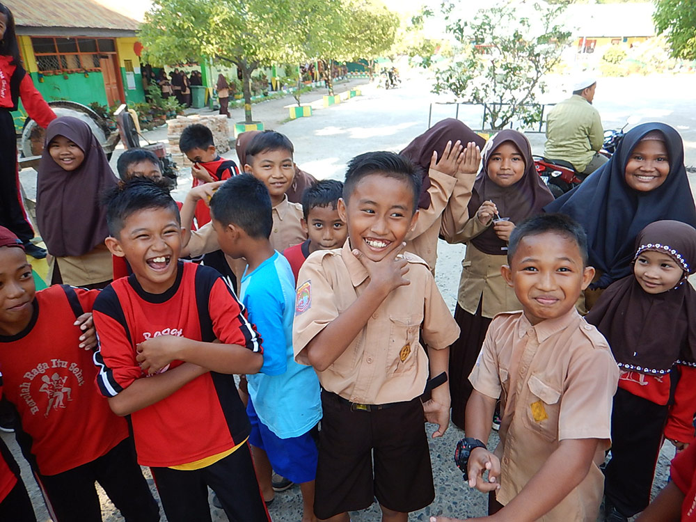 Kinder Sulawesi Indonesien - Radreise - Radtour