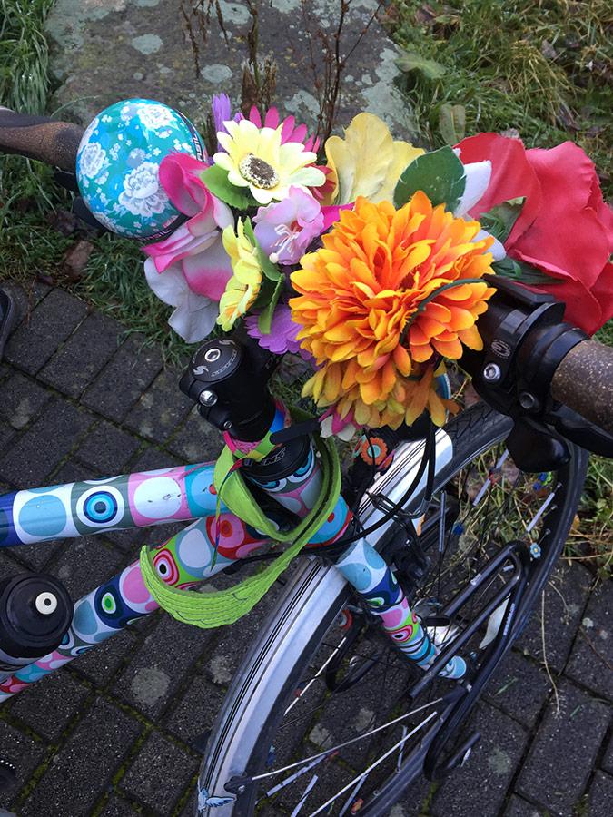 Blumen am Farrad | Winter Bike to Work Day | Fahrradfrühstück