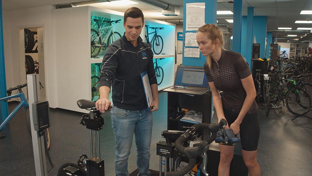 3D Pedaling Analyzer - bikefitting.com - Nadine Berneis