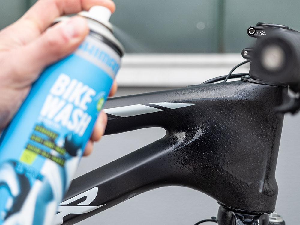 Fahrradreiniger von SHIMANO - BikeWash - Check fürs Mountainbike
