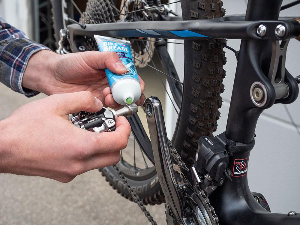Check fürs Mountainbike - SHIMANO Bike Grease