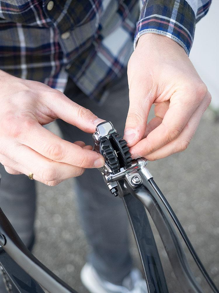 Bremsbeläge am Mountainbike austauschen - Check fürs Mountainbike
