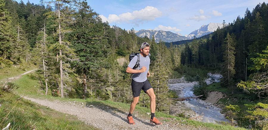 Jonas Deichmann als Läufer