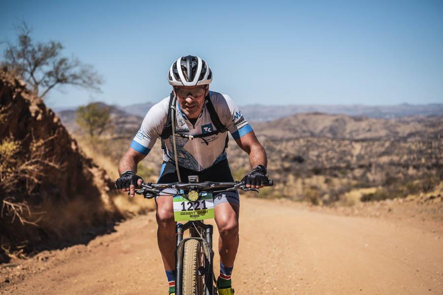 Andreas Niedrig - Desert Dash 2020 - Fahrradrennen. Startnummer 1221.