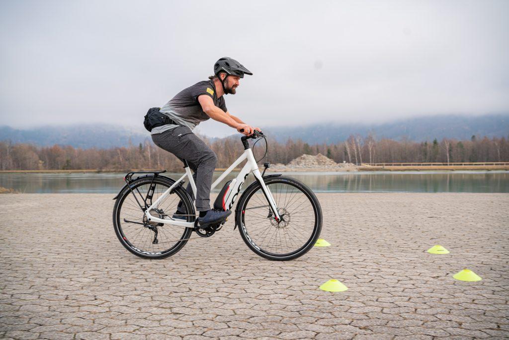 Bremsmanöver E-Bike-Fahrtechnik-Training 6.