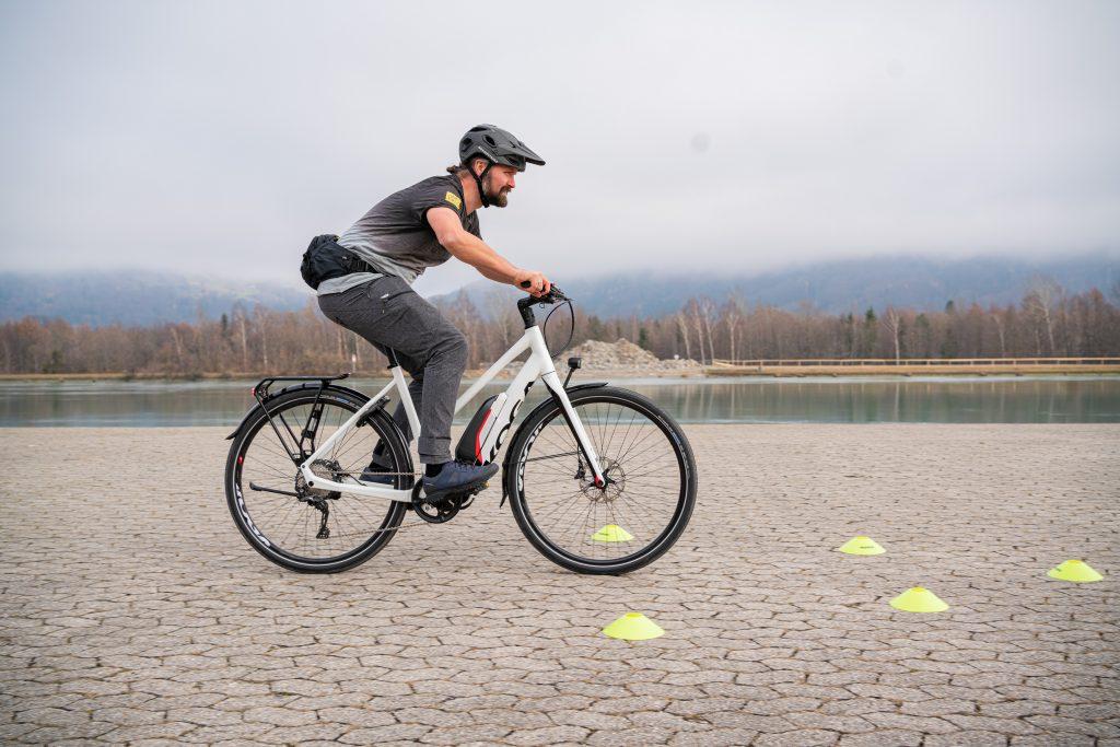 Bremsmanöver E-Bike-Fahrtechnik-Training 5.