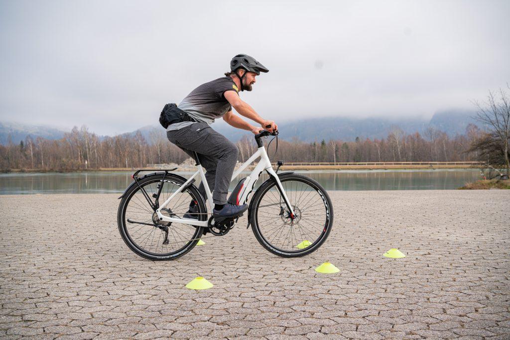 Bremsmanöver E-Bike-Fahrtechnik-Training 1.