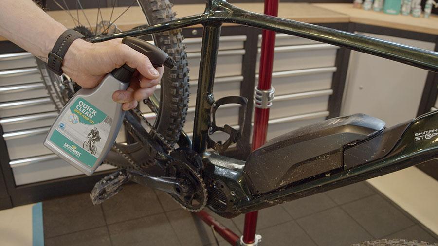 Motorex Quick-Clean für die schnelle Reinigung & Fahrradpflege zwischendurch