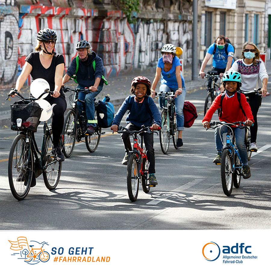 ADFC Demo kindersicheres Radfahren